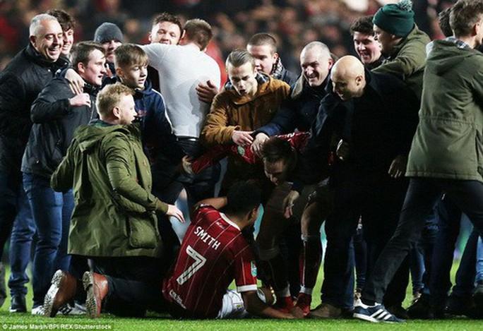 Gục ngã phút 93, Man United thành cựu vương League Cup - Ảnh 5.