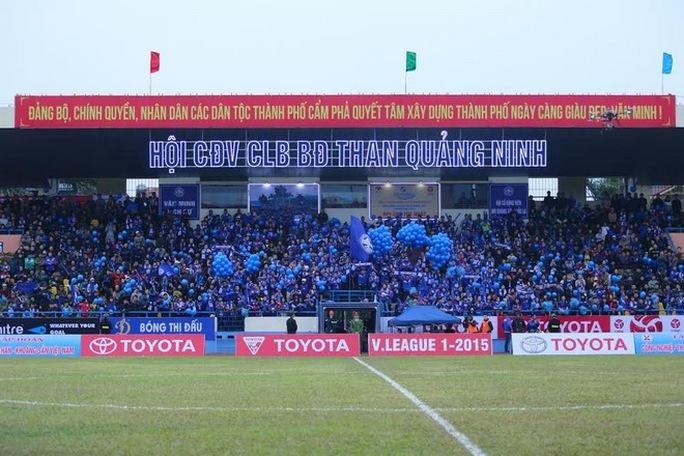 Hội CĐV Than Quảng Ninh sẽ phải lên sân Mỹ Đình để cổ vũ cho thầy trò Phan Thanh Hùng ở AFC Cup