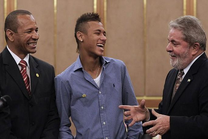 Neymar phản bội Barcelona như thế nào? - Ảnh 1.