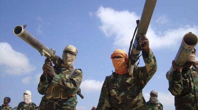 Mối nguy Al-Qaeda và IS tái hợp - Ảnh 1.