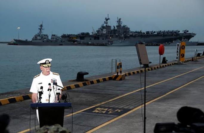 Bất ổn tàu chiến Mỹ - Ảnh 1.