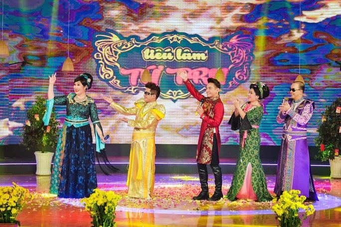 Cả 4 Thánh hài Minh Nhí, Hồng Vân, Thanh Thủy, Đức Hải sẽ cùng trình diễn mở màn bằng tiết mục  Thiên duyên tiền định