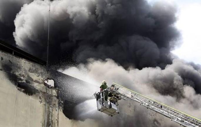 368 tỉ đồng bồi thường cho Công ty Kwong Lung-Meko sau hỏa hoạn - Ảnh 1.