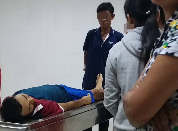 Tuyệt vọng, một bệnh nhân nhảy lầu tự tử - Ảnh 2.