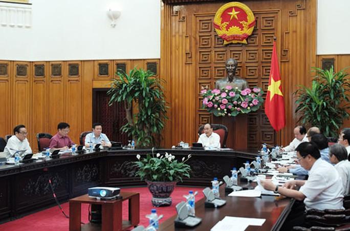 Thủ tướng lắng nghe quân sư - Ảnh 1.