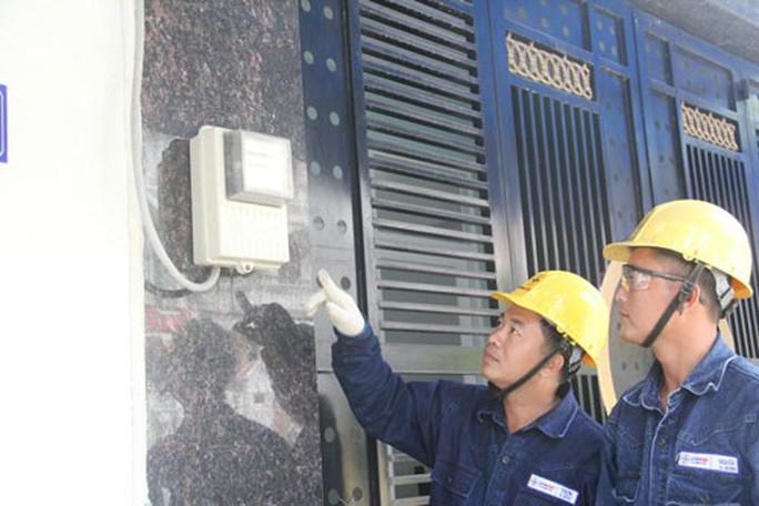 EVNHCMC cung cấp điện ổn định, liên tục dịp Tết - Ảnh 1.