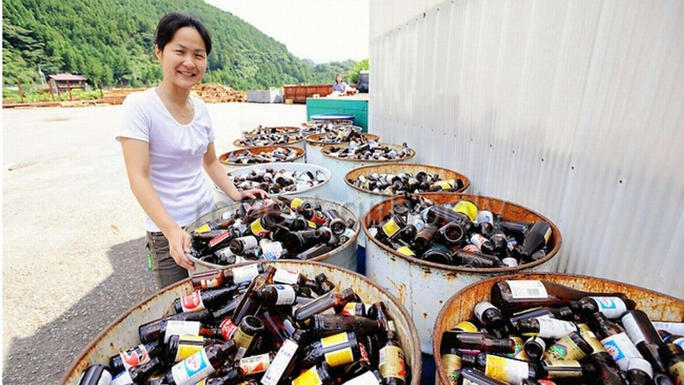 Rác được phân thành 45 loại tại thị trấn Kamikatsu Ảnh: YouTube / Seeker Stories