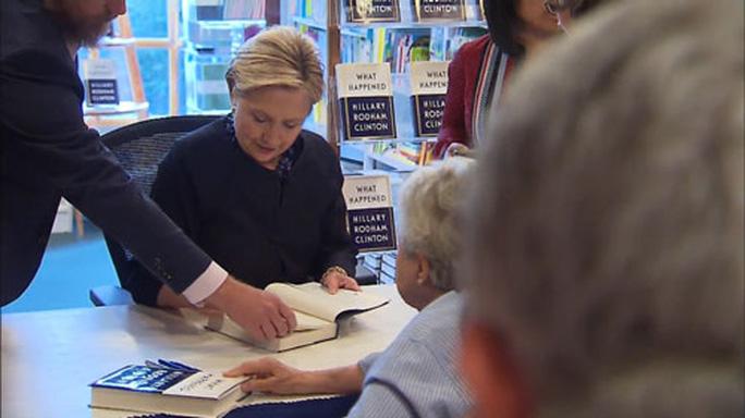 Giá trị của bà Hillary Clinton - Ảnh 1.