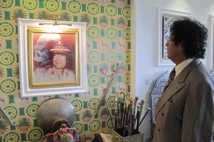 Hậu duệ ông Gaddafi tính đường tái xuất - Ảnh 1.