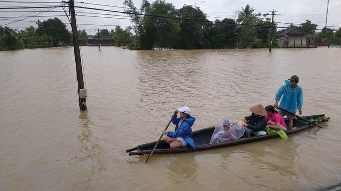 Thừa Thiên - Huế: Lũ chưa rút đã lo lũ mới - Ảnh 1.