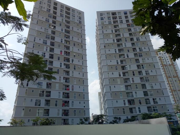 Chung cư Thủ Thiêm Sky (quận 2, TP HCM) là một trong những công trình thuộc dự án nhà ở xã hội phục vụ cho người có thu nhập thấp Ảnh: LÊ PHONG
