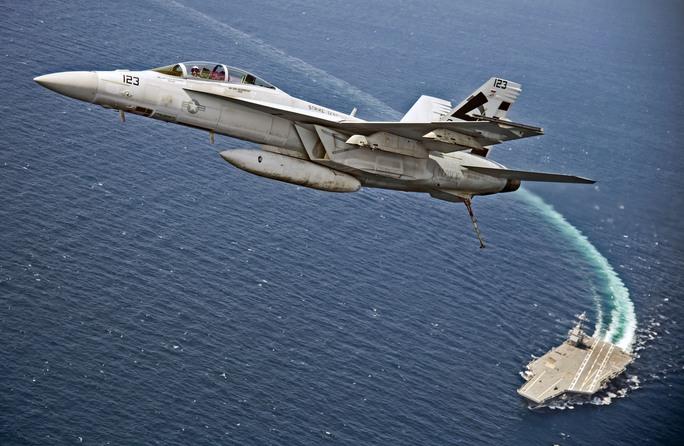Tàu sân bay Mỹ không đối thủ - Ảnh 1.