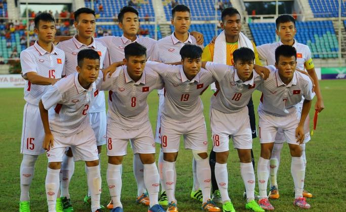 U19 Bình Định đứng chót bảng sau khi bị phạt nặng - Ảnh 1.