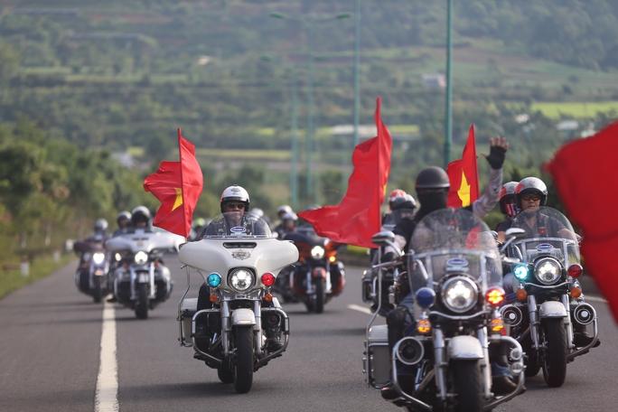Loạn CLB Harley Davidson - Ảnh 1.