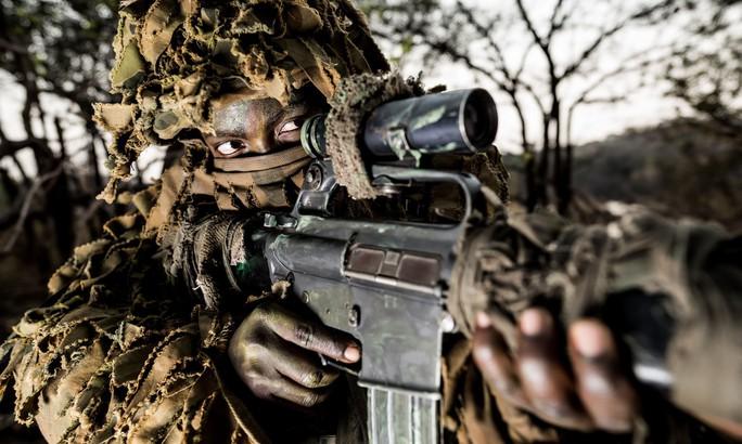 Đội nữ xung kích chắc tay súng - Ảnh 1.