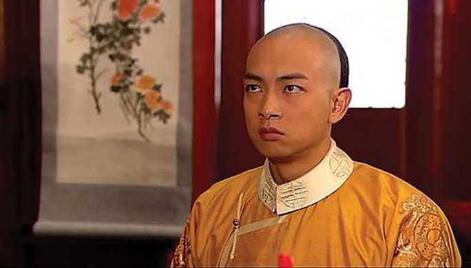 Diễn viên TVB bị xe tông khi đang quay phim - Ảnh 4.