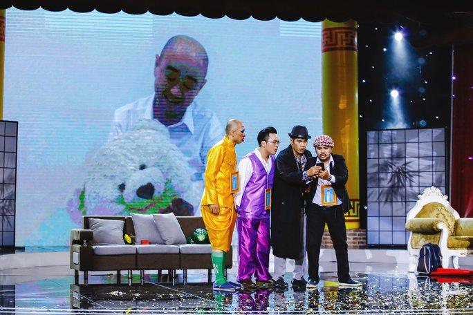Việt Hương ấm lòng với tình bạn 20 năm của Chuẩn Đam Mê - Ảnh 1.