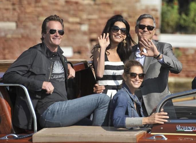 George Clooney kiếm 233 triệu USD nhờ bán công ty rượu - Ảnh 1.