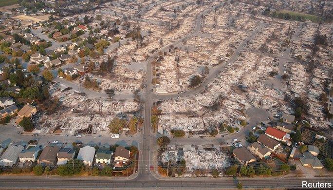 Cháy rừng California: Chỉ còn tro và xương - Ảnh 3.