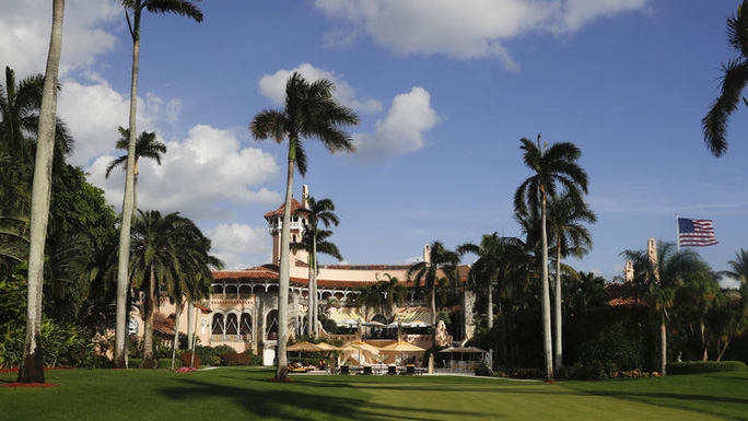 Khu nghỉ dưỡng Mar-a-Lago của ông Trump, nơi ông nghỉ ngơi cuối tuần liên tiếp trong 3 tuần qua. Ảnh: AP
