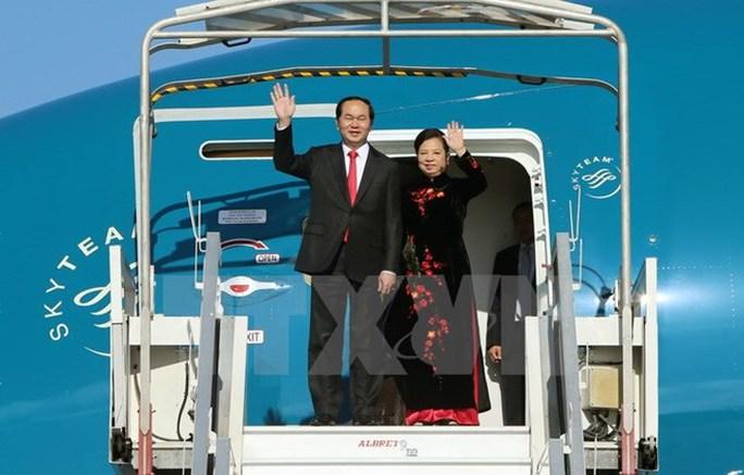 Chủ tịch nước Trần Đại Quang lên đường thăm Trung Quốc - Ảnh 1.