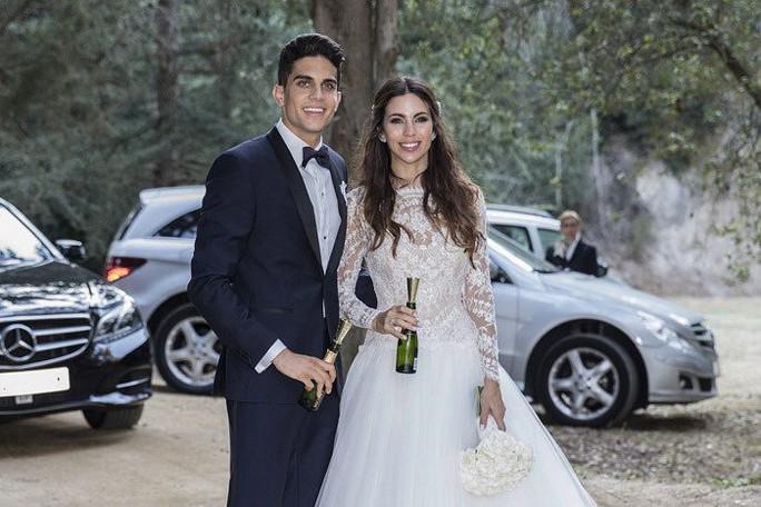 Hoành tráng mùa cưới của sao bóng đá - Ảnh 7.
