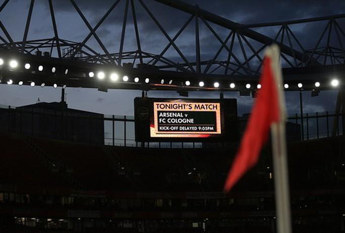 Sanchez lập siêu phẩm, Arsenal ngược dòng hạ đẹp Cologne - Ảnh 2.