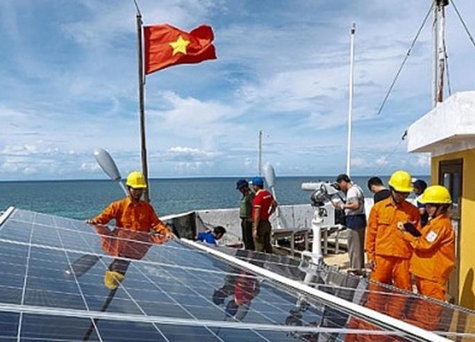 EVN cung cấp điện cho quần đảo Trường Sa và Nhà dàn DK1 - Ảnh 2.