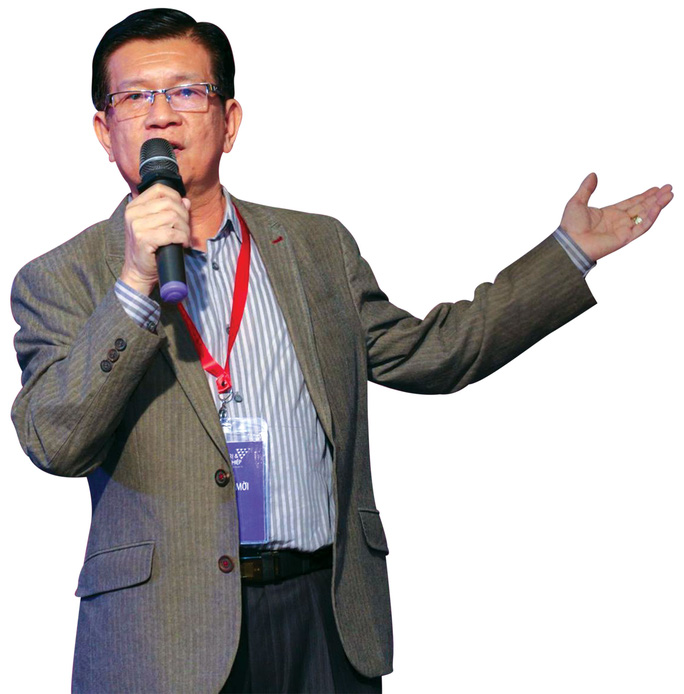 Tác giả Đỗ Long tại một buổi sinh hoạt về khởi nghiệp ở TP HCM Ảnh: TRẦN DIỆU