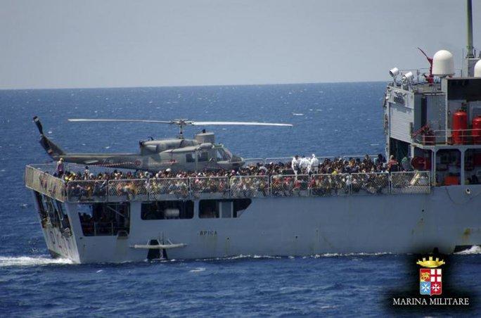 Ý đã bỏ mặc 268 người tị nạn Syria chết chìm - Ảnh 1.