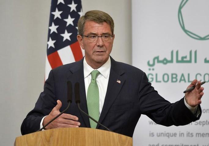 Bộ trưởng Bộ Quốc phòng Mỹ Ash Carter. Ảnh: REUTERS