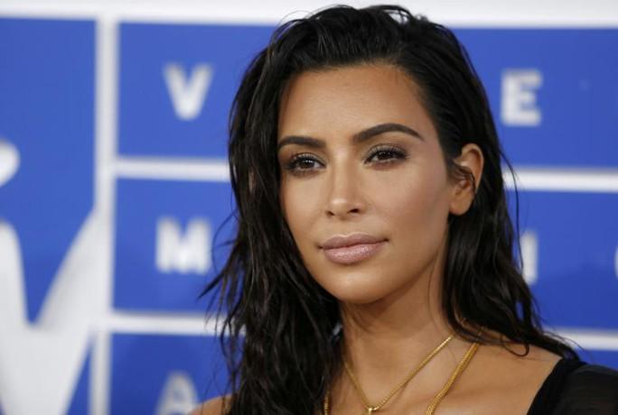 Kim Kardashian tham gia phim về cướp