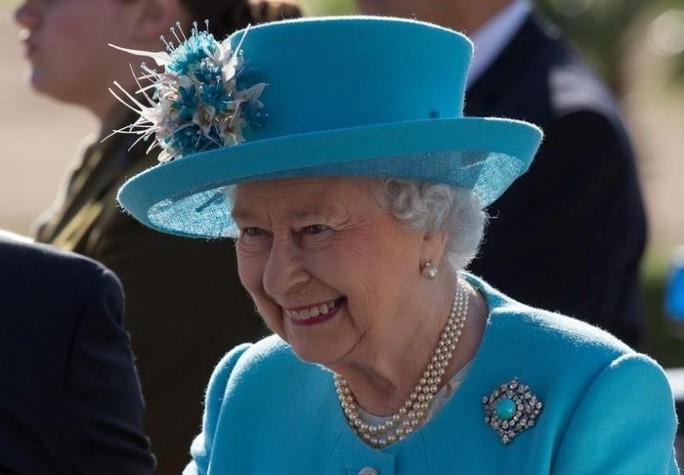 Nữ hoàng Elizabeth II trở thành người trị vì lâu nhất trong Hoàng gia Anh. Ảnh: REUTERS