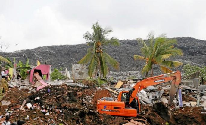 Trước đó, người dân trong khu vực đã yêu cầu chính phủ di dời bãi rác vì nó gây ra nhiều vấn đề sức khỏe. Ảnh: Reuters