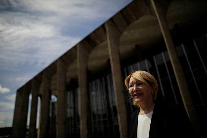 Venezuela: Cựu công tố viên trưởng quyết đấu tổng thống - Ảnh 1.