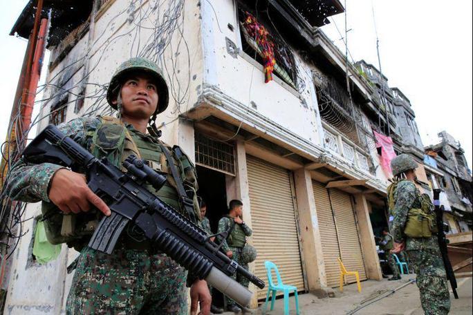 Tổng thống Duterte tuyên bố giải phóng Marawi - Ảnh 1.