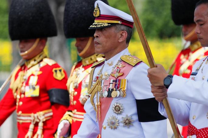 Người Thái ngạc nhiên về lễ hỏa táng cố quốc vương - Ảnh 1.