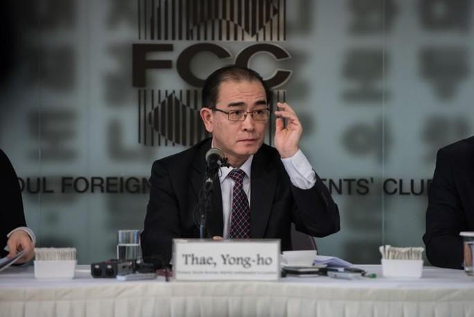 Nhà ngoại giao đào tẩu mách nước Mỹ đối phó Triều Tiên - Ảnh 1.