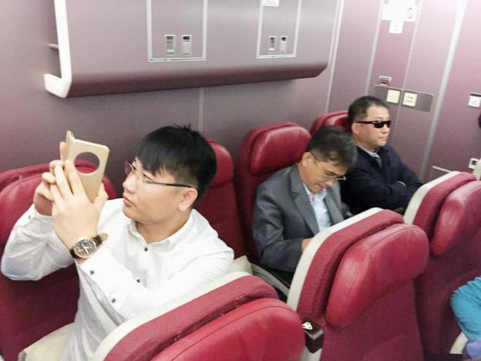 Các hành khách được cho là nghi phạm Triều Tiên trên máy bay. Ảnh: REUTERS