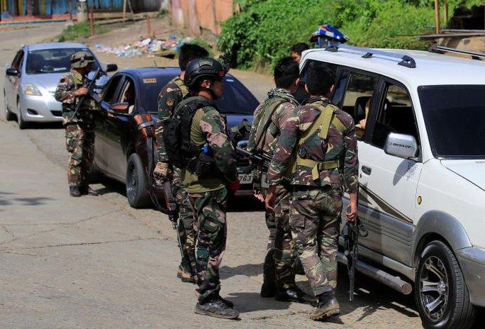 Quân đội Philippines thiệt hại nặng ở Marawi - Ảnh 1.