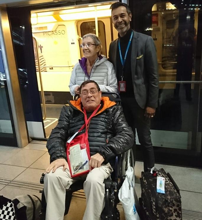 Hành khách Jean Edouard Charles Lacroix tại sân bay Charles de Gaule