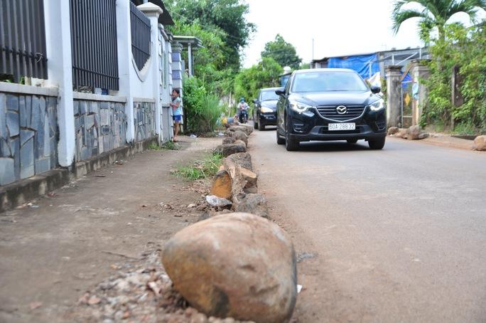 Người dân chặn xe trốn trạm BOT tuyến tránh Biên Hòa - Ảnh 5.
