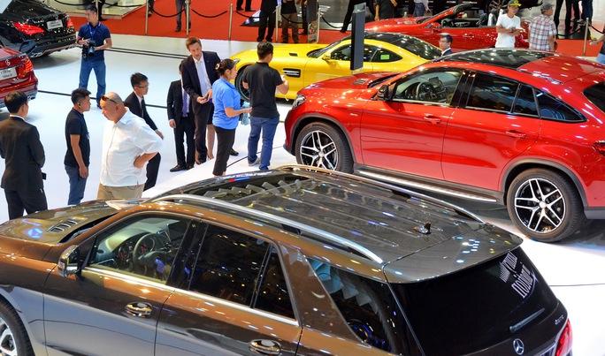Ô tô nhập khẩu tăng mạnh trong 2 tháng đầu năm Ảnh: TẤN THẠNH