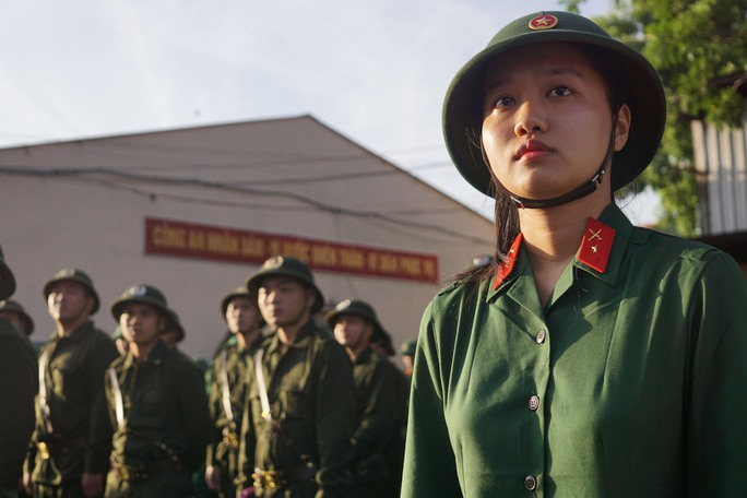 Sáng 16-2, 424 công dân (có 5 nữ) tại quận 9 nhập ngũ cùng thân nhân tham dự Lễ Giao nhận quân