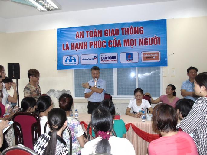 Lần đầu tiên tổ chức Ngày hội tư vấn cho công nhân - Ảnh 4.