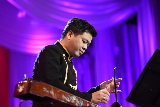 Đêm nhạc để đời của Đăng Dương - Ảnh 3.