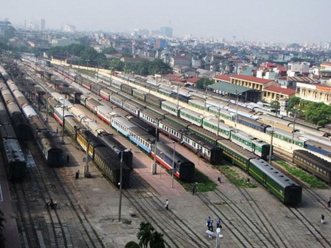Đường sắt Hà Nội thanh lý mỗi toa xe lửa giá bình quân 46 triệu đồng - Ảnh 1.