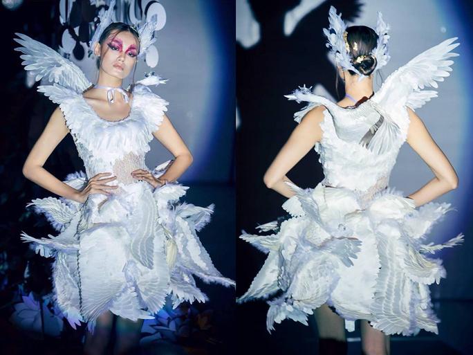 Trang phục dân tộc gây choáng của Thùy Dung ở Hoa hậu quốc tế 2017  - Ảnh 11.