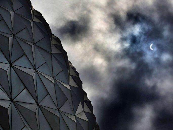 Chiêm ngưỡng nhật thực toàn phần tại Mỹ - Ảnh 9.