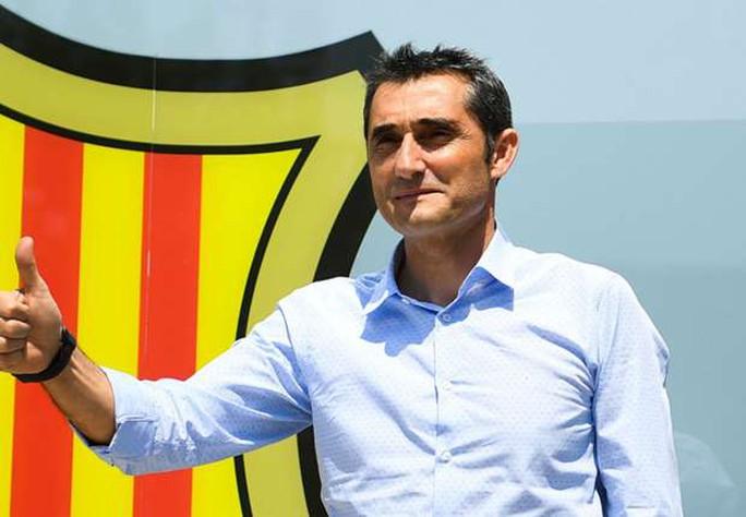 HLV Valverde hứa hẹn giúp Barcelona vĩ đại hơn - Ảnh 1.